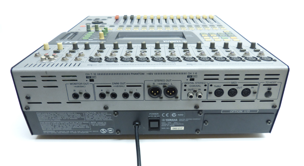 yamaha 01v o1v digital mixer rechn 1j gew hr ebay. Black Bedroom Furniture Sets. Home Design Ideas
