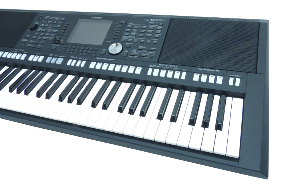 yamaha psr s950 entertainer keyboard neuf rechn 2j. Black Bedroom Furniture Sets. Home Design Ideas